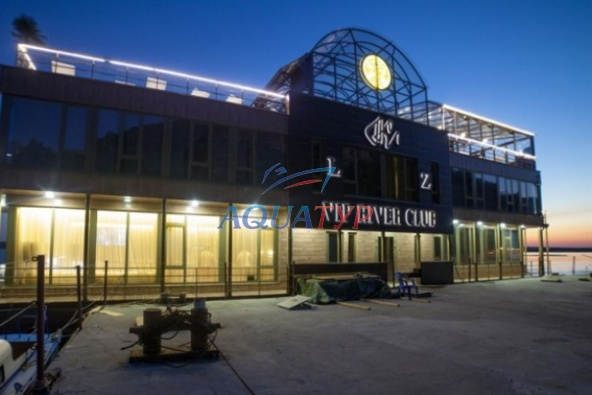 "Дебаркадер ""Vip River Club"""